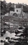 MOULIN A EAU - 72 ST LEONARD DES BOIS Moulin Du Val - CPSM Village (470 Habitants) Dentelée N/B Format CPA 1951 Sarthe - Watermolens