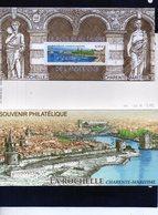 BLOC SOUVENIR - N° 44 La Rochelle - Souvenir Blocks & Sheetlets