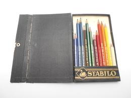 Ancienne Boite De Crayons De Couleur Stabilo N°8761 - Jouets Anciens