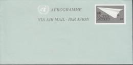 UNO NEW YORK  Ganzsache Luftpostkfaltbrief LF 9, Ungebraucht, Papierflugzeug 1982 - Briefe U. Dokumente