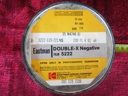 KODAK EASTMAN DOUBLE- X NÉGATIVE Photographie Bobine Film 35 Mm BH-1866-DXN 718 :VIERGE VENDU EN L'ÉTAT AUCUNE GARANTIE - Bobines De Films: 35mm - 16mm - 9,5+8+S8mm