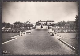 102322/ MACON, Square De La Paix, Monument Aux Morts - Macon