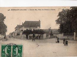 BOURGOIN - JALLIEU - Grande Rue  - Place Du Château Et Entrée - - Bourgoin