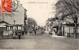 BOURGOIN - Avenue De La Gare - - Bourgoin