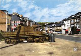 CPM - HOUFFALIZE - Place Roi-Albert - Tank Tigre, Souvenir De L'offensive Des Ardennes - Houffalize