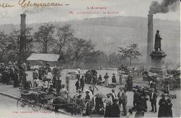 DECAZEVILLE ( L'Aveyron ): Le Marché Bien Animé ( Labouche ) - Decazeville