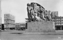 PIE-FO -19-5942 : LE HAVRE. PLACE GAMBETTA. LE MONUMENT. - Le Havre