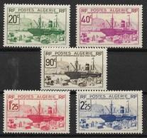 ALGERIE SERIE EXPO New York 1939 N° 153/157 NEUVE * GOMME AVEC CHARNIERE - Nuovi