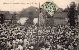 CPA  MADAGASCAR---LE MAT DE COCAGNE A ANTSIRABE---1907---ANIMEE - Madagascar