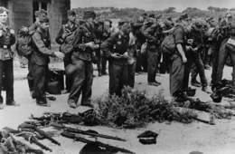 De Sienne à Belfort - Réddition Des Forts De La Feste Et De La Viste à MARSEILLE - Les Allemands Jettent Leurs Armes - Andere