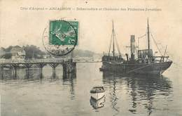CPA 33 Gironde Côte D'Argent Arcachon Débarcadère Et Chalutier Des Pêcheries Jonsthon - Arcachon