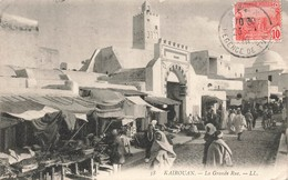 Tunisie Kairouan La Grande Rue Cpa Carte Animée + Timbre - Tunesien