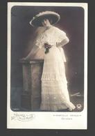 Les Reines De La Mode - Marcel Prince - Variétés - Mode