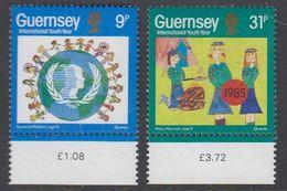 Guernsey 1985 International Youth Year 2v ** Mnh (42930H) - Guernsey