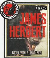 THE RAT BREWERY (HUDDERSFIELD, ENGLAND) - JAMES HERBERT BITTER - PUMP CLIP FRONT - Letreros