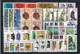 (033) DDR Posten/Lot Mit Kpl Sätzen **postfrisch - Lots & Kiloware (mixtures) - Max. 999 Stamps