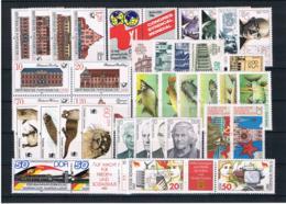 (038) DDR Posten/Lot Mit Kpl Sätzen **postfrisch - Lots & Kiloware (mixtures) - Max. 999 Stamps