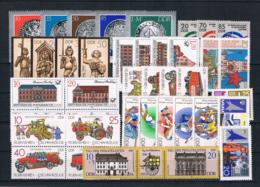 (040) DDR Posten/Lot Mit Kpl Sätzen **postfrisch - Lots & Kiloware (mixtures) - Max. 999 Stamps