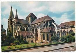 14 Lisieux La Cathédrale Saint Pierre (2 Scans) - Lisieux