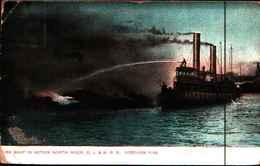 4306)  Cartolina Di New York-fire Boat In Action North River. D.l.& W.r.r. Hobochen River-viaggiata 1926 - Stati Uniti