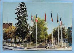 """Romilly-sur-Seine (10) Le Square """"des Cités-Unies"""" 2 Scans Drapeaux - Romilly-sur-Seine"""