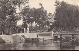 BENOUVILLE Embranchement Des Tramways Du Calvados N°552 - France