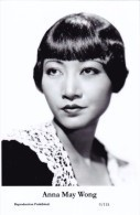 ANNA MAY WONG - Film Star Pin Up PHOTO Postcard - Publisher Swiftsure Postcards 2000 - Postales