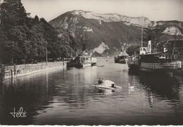 73 - ANNECY - Port D' Annecy Et Le Mont Veyrier - Annecy