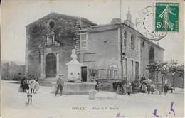 ROGNAC : Place De La Mairie Bien  Animée  ( 190?) Trés Rare - Autres Communes