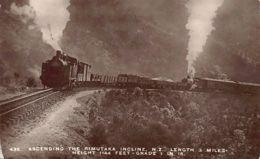 New Zealand - Ascending The Rimutaka Incline -Railway Locomotive - REAL PHOTO F.T. Series 435. - Nieuw-Zeeland