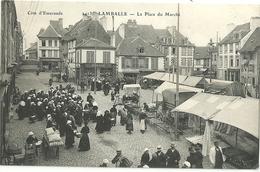LAMBALLE.  La Place Du Marché. - Lamballe