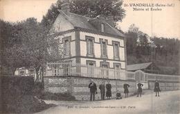 C P A  76 Seine Maritime Saint Vandrille La Mairie L'école Carte Animée Saint Wandrille - Saint-Wandrille-Rançon