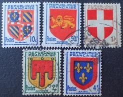 DF50500/772 - 1949 - ARMOIRIES DE PROVINCES - N°834 à 838 NEUF*(1)/☉(4) - France