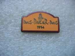 Pin's Plaquette De Couleur Sable,  Paris - Dakar - Paris 1994 - Rallye