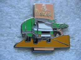 Pin's DAKAR Camions - Badges
