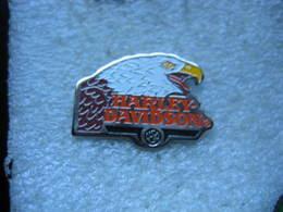 Pin's Moto Aigle Harley Davidson  USA - Motos
