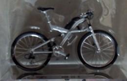 Bicycle - BMW Q6.S - Motos
