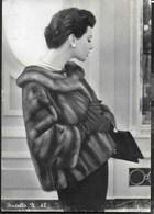 PELLICCIA VISONE - CARTOLINA PREZZIARIO ANNI '50 - ADELE ZANICHELLI - EDIZ. PELZANI FIRENZE - Moda