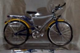 Bicycle - Audi Quattro Trekkingbike - Motos