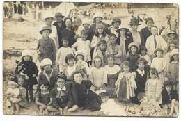44-LE POULIGUEN-CARTE PHOTO-La Plage, Groupe...1919  Animé  (coin Pli) - Le Pouliguen