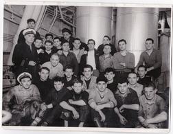 Paquebot Mixte CLAUDE BERNARD, Équipage Machine, Cie Maritime Des Chargeurs Réunis, Fév. 1954 - 2 Scannes - 23,5 X 18 Cm - Barche