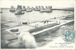 14 CPA PORT EN BESSIN Avant Port Barques Au Mouillage - Port-en-Bessin-Huppain