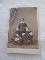 PHOTOGRAPHIE CDV - Trois Petites Filles  [cliché Non Signé Circa 1862] - Alte (vor 1900)