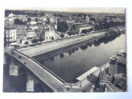 CP (53) Mayenne - LAVAL - Le Vieux Pont Sur La Mayenne Et Vue Générale - Laval