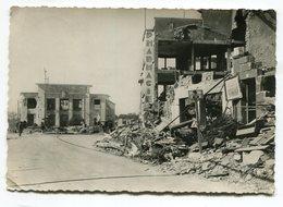 Ref 201 - ROYAN Après Le Bombardement - Ruines Du Quartier De La Poste - Royan