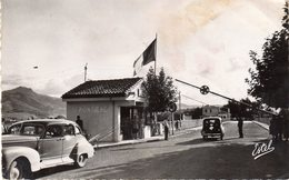 HENDAYE - Frontière Franco-Espagnole - Service Des Passeports Au Pont International - Dogana