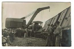 Carte Photo - A Identifier C1910 ? - Accident Ferroviaire - Train - Locomotive 3139 - 2 Scans - Trains