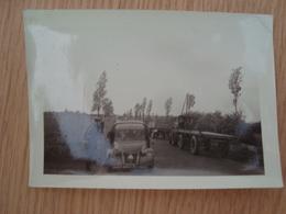 PHOTO GENDARMES ARRETANT UNE CITROËN 2CV - Auto's