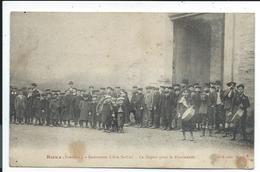 Rieux Institution Libre St Cizi , Le Départ Pour La Promenade - France