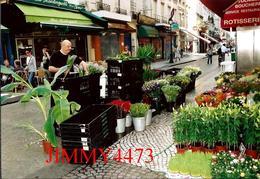"""CPM - Arrivée Des Fleurs Fraîches Chez """"Anaïs"""" Fleuriste Rue Montorgueil - PARIS 75 Seine - Photo P. TOUCHARD - Negozi"""